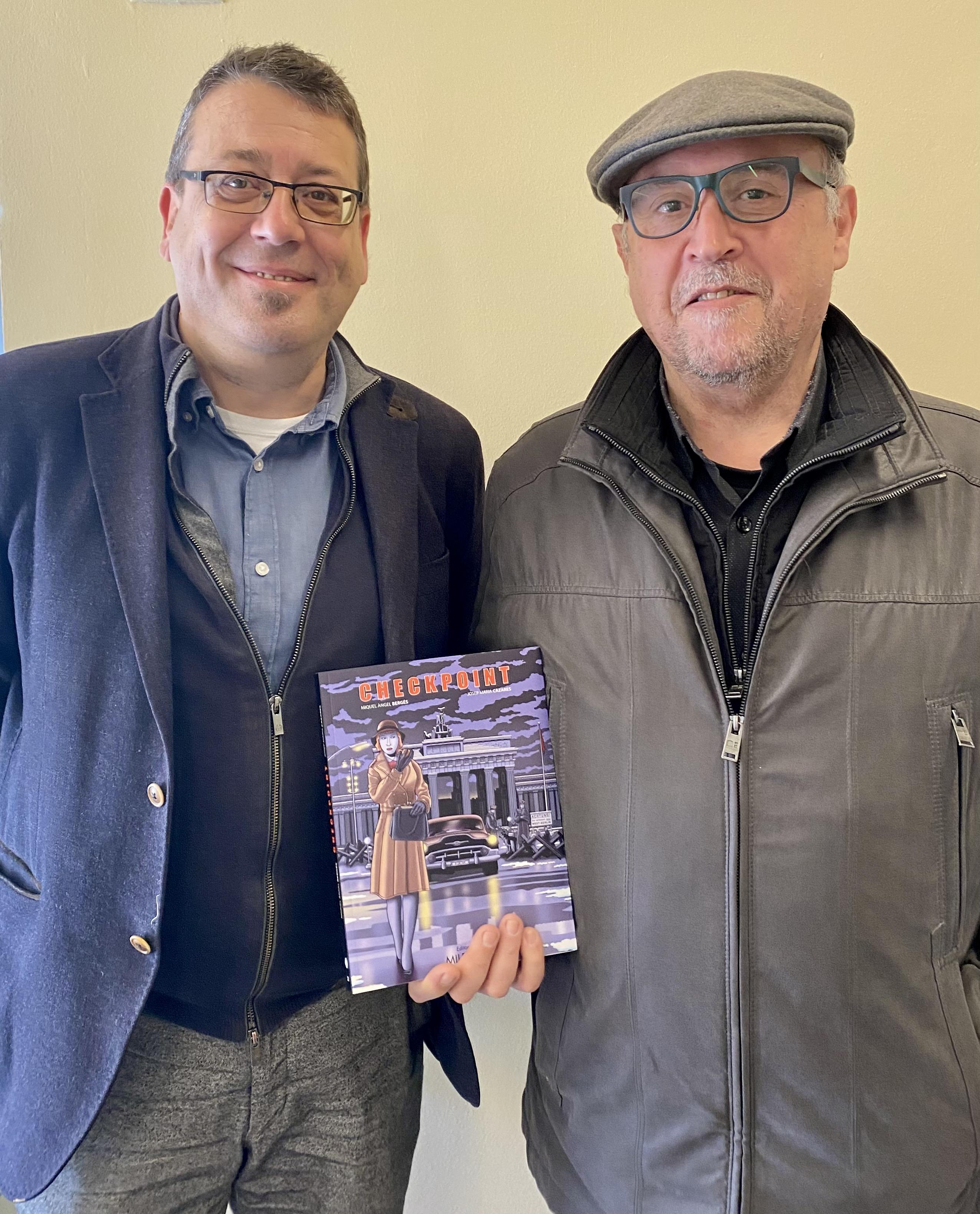 Josep Maria Cazares y Miquel Àngel Bergés sitúan en la Guerra Fría su nueva novela gráfica, Checkpoint